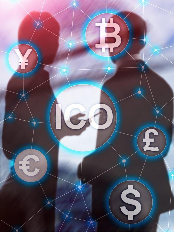 ICO - Ofrecimiento inicial de la moneda, concepto de Blockchain y del cryptocurrency en fondo borroso del edificio del negocio Di imagen de archivo