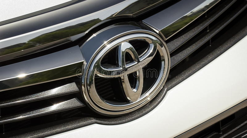 Download Icon Toyota editorial photo. Image of grille, lights - 91316561