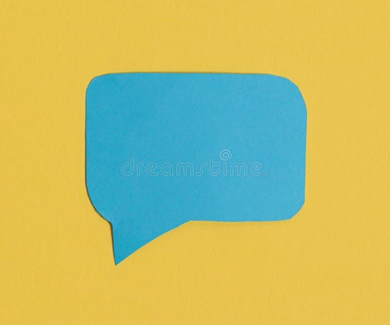Icona blu di discorso di chiacchierata: un simbolo e un concetto per la conversazione ed il messaggio immagini stock