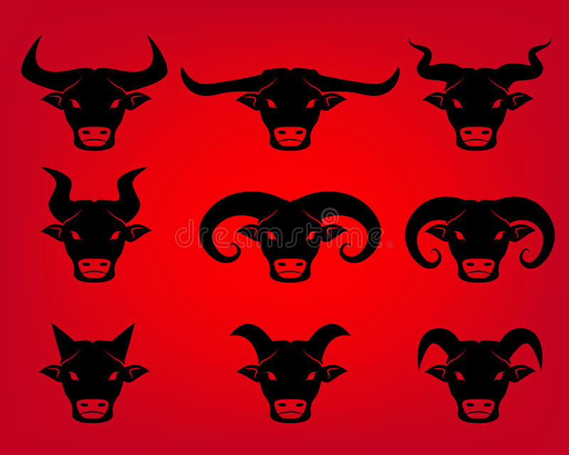 Icone cape del toro e della Buffalo nello stile del tatuaggio royalty illustrazione gratis