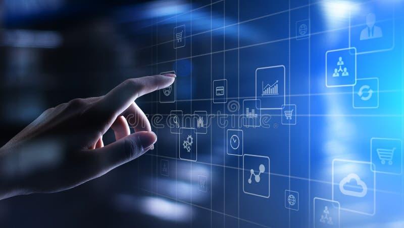 Icone dell'applicazione sullo schermo virtuale Concetto di affari e di tecnologia fotografia stock libera da diritti