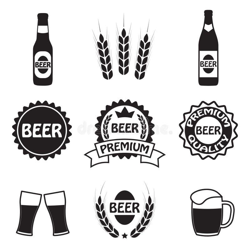 Icone della birra, simboli ed insieme di etichette Vettore royalty illustrazione gratis