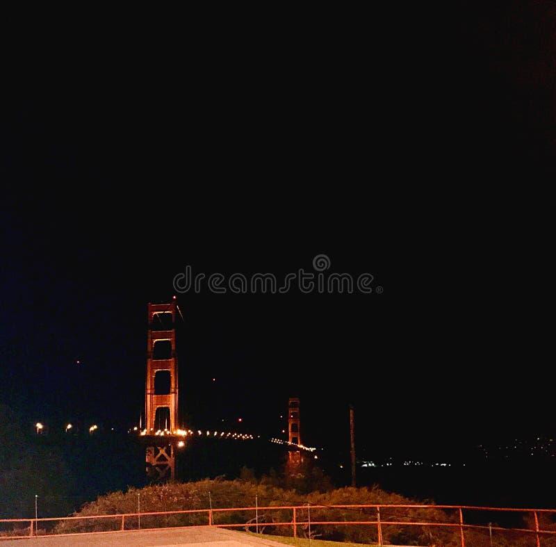 Iconic och förbluffa Golden gate bridge royaltyfria foton