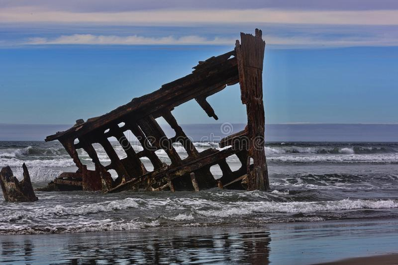 Iconic Oregon shipwreck of Peter Iredale royalty free stock images