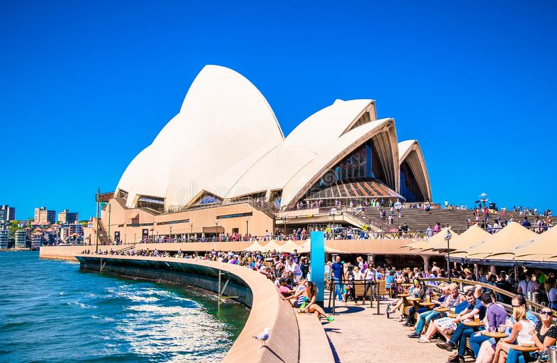 Iconisch Sydney Opera House in Sydney, Australië royalty-vrije stock foto