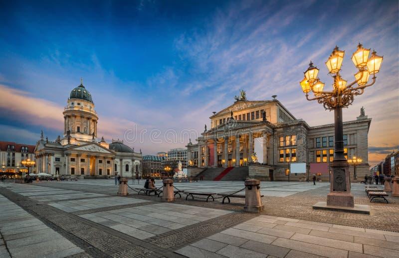 Iconische Gendarmenmarkt in Berlijn, Duitsland royalty-vrije stock fotografie