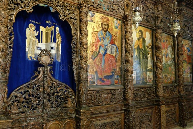 Iconostase de l'église orthodoxe grecque à Nazareth image stock