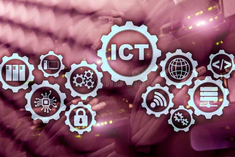 ICT Informations- och kommunikationsteknologi p? modern serverrumbakgrund faktisk sk?rm fotografering för bildbyråer