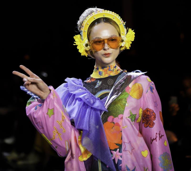 ICY Présente : piste SS2020; Semaine de la mode à New York Conception par Leaf Xia images libres de droits