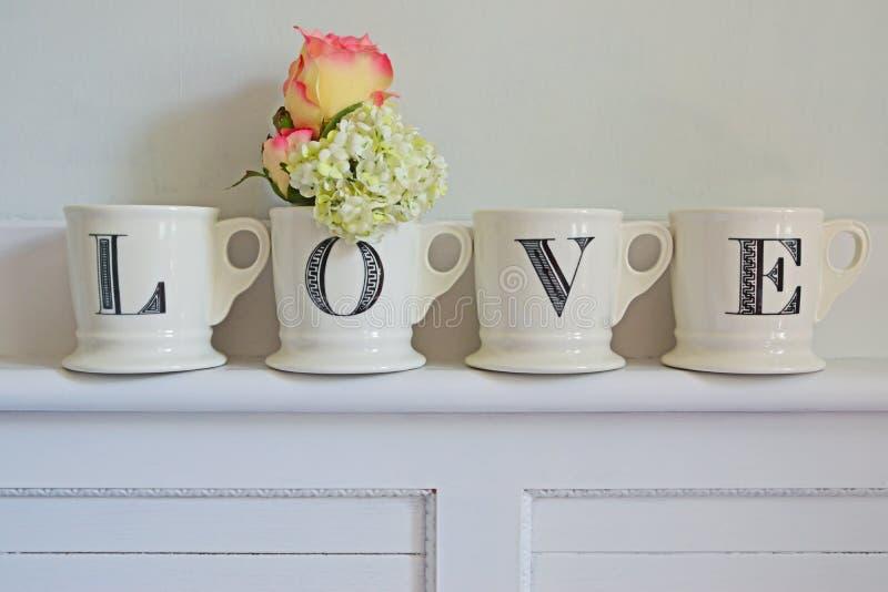 Idé för hem- garnering för förälskelse arkivbild