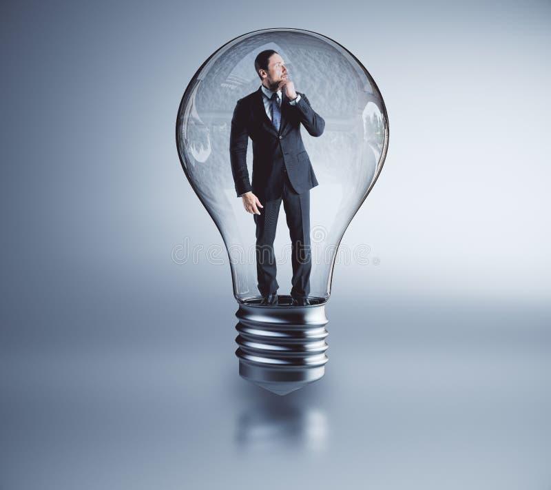 Idé och innovationbegrepp arkivfoton