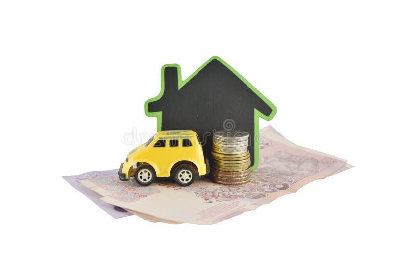 Idées de maison, d'argent et de voiture pour s'enregistrer sur le fond blanc photo stock