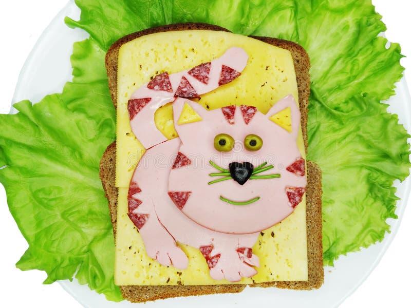 Idérik grönsaksmörgås med ost och skinka arkivbilder