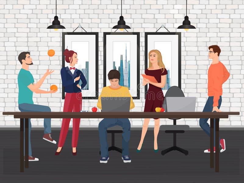 Idérikt lag i coworking mitt Olika ungdomarsom tillsammans arbetar och talar på tabellen i kontoret royaltyfri illustrationer