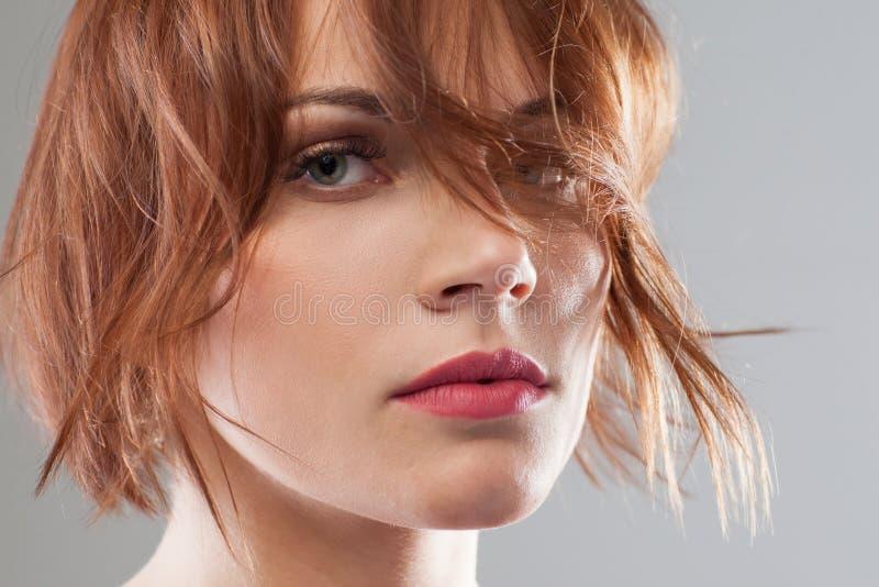 idérikt mode Mjuk skönhet för kvinna arkivfoton