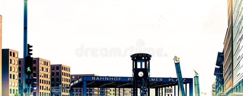 Idérikt utdrag från delen av Potsdamer Platz i Berlin, Tyskland arkivfoton
