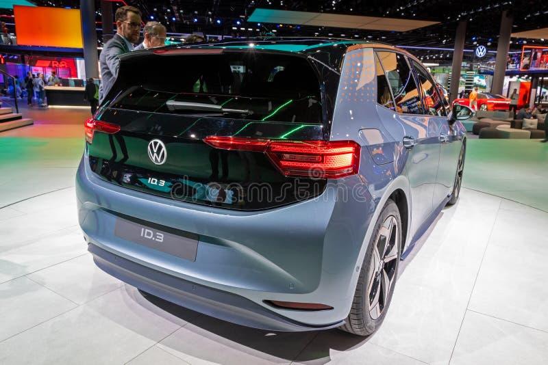 ID Volkswagen 3 voitures électriques photos stock