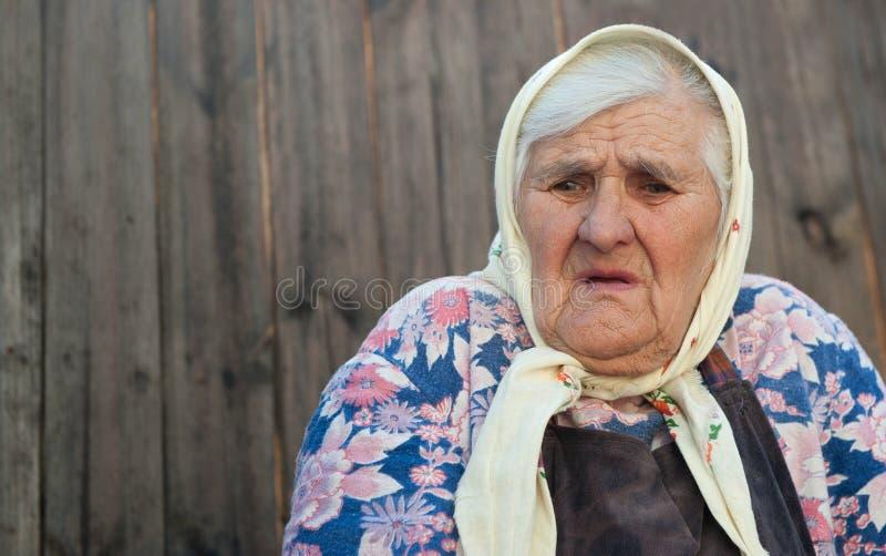 A idade da mulher adulta 84 anos imagem de stock