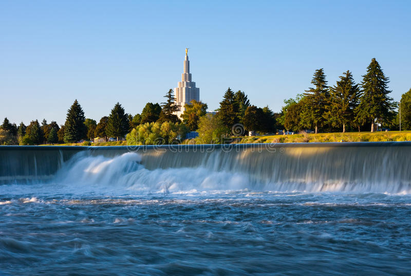 Idaho Falls Temple. Next to Snake River in Idaho Falls stock images
