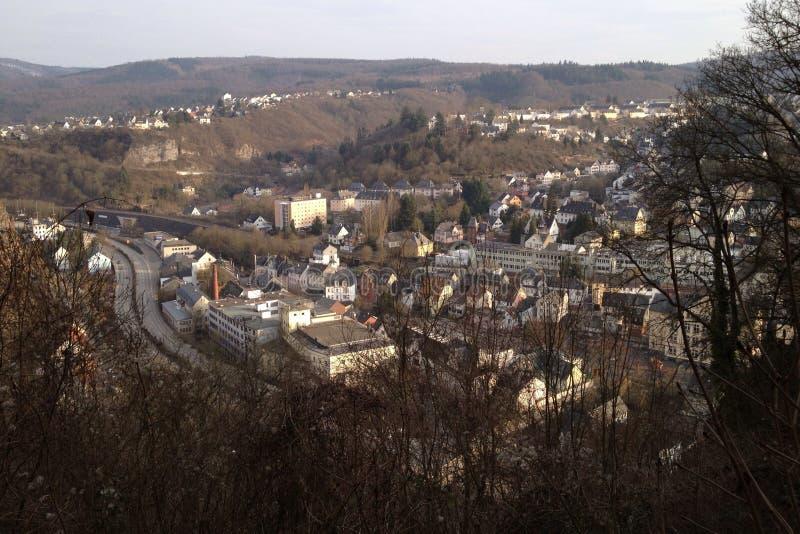 Idar-Oberstein met een panoramisch gezicht stock foto's