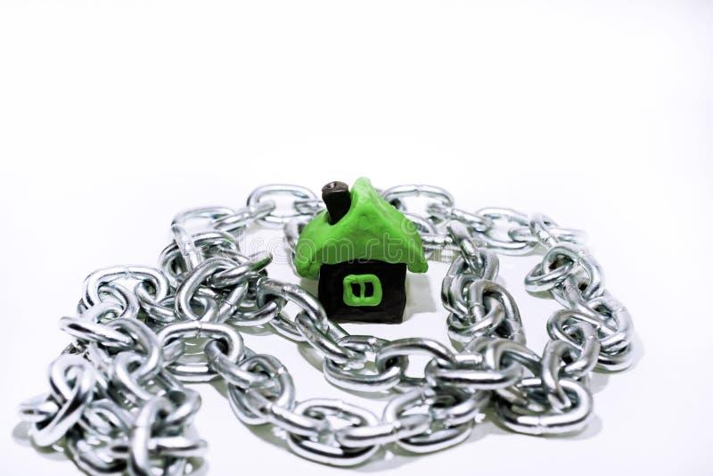 Idea abstracta de la propiedad y de créditos Problemas con la propiedad, casa, dinero imágenes de archivo libres de regalías