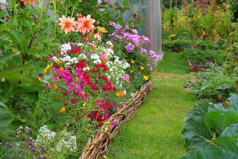 Idee n voor tuin stock foto afbeelding bestaande uit for Ideeen voor tuin