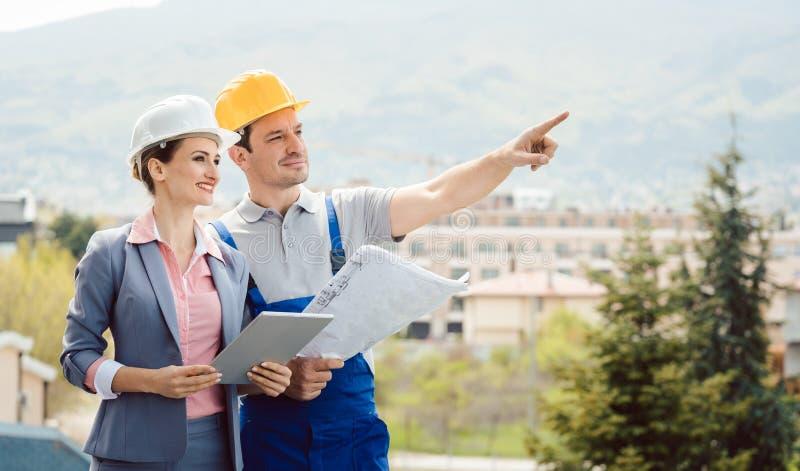 Idee di sviluppo del costruttore e dell'architetto per il progetto di costruzione fotografia stock
