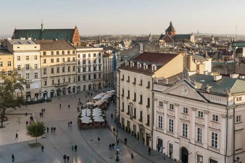 Ideia aérea bonita do centro histórico de Krakow, Polônia imagem de stock