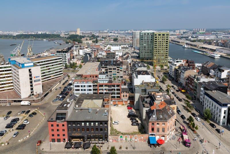 Ideia aérea da área de porto de Antuérpia de MAS do museu do terraço do telhado, Bélgica foto de stock