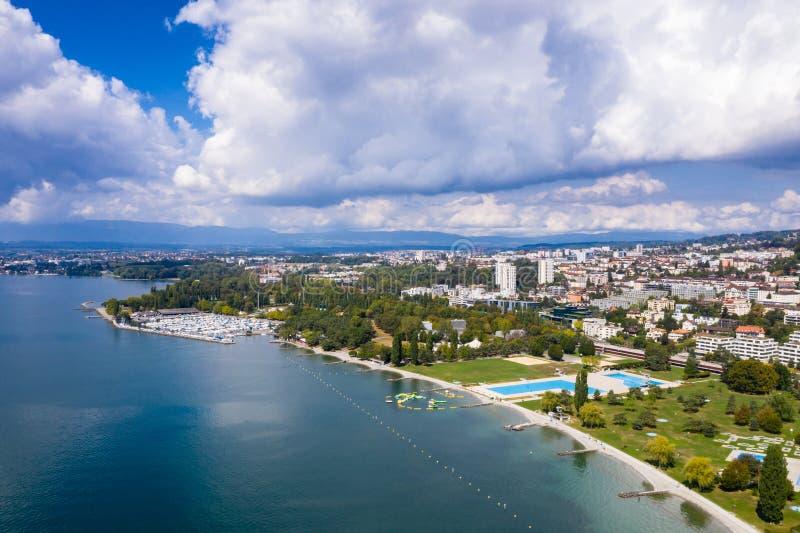 Ideia aérea da margem de Ouchy em Suíça de Lausana foto de stock