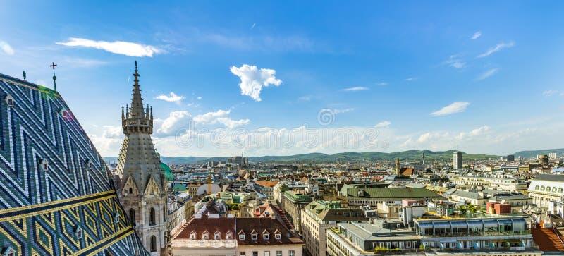 Ideia aérea da skyline da cidade de Viena fotografia de stock royalty free