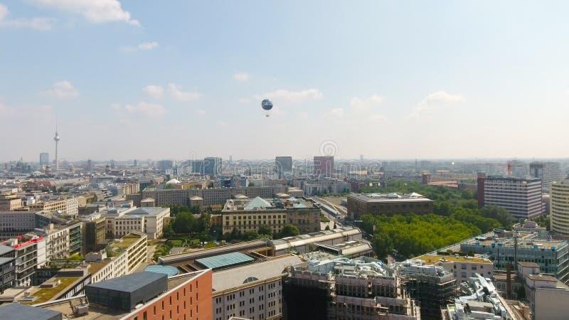Ideia aérea da skyline de Berlim de Potsdamer Platz, Alemanha fotografia de stock