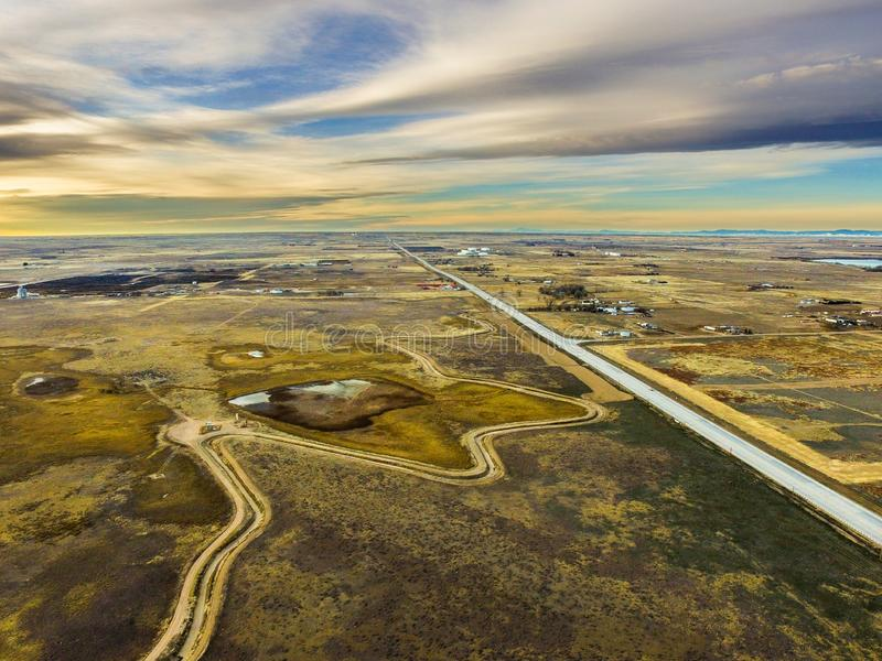 Ideia aérea de campos do país da exploração agrícola em Colorado oriental imagens de stock