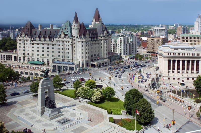 Ideia aérea de Ottawa do centro fotografia de stock royalty free