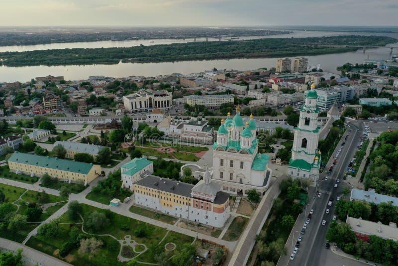 Ideia aérea do complexo do Kremlin de Astracã, o histórico e o arquitetónico R?ssia, Astrac? foto de stock
