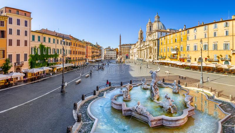Ideia aérea do quadrado de Navona, praça Navona, em Roma, Itália imagens de stock