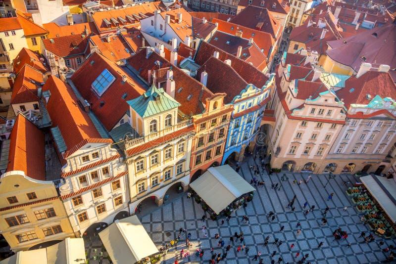 Ideia aérea do quadrado famoso na cidade de Praga fotos de stock