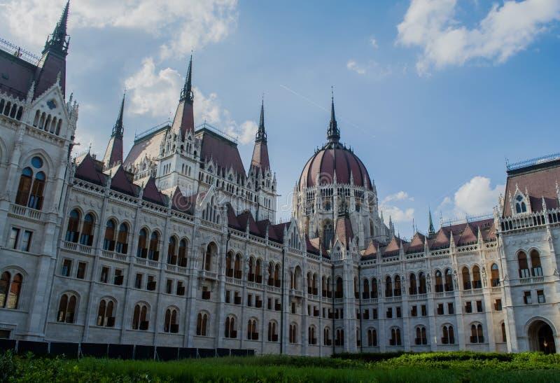10 06 2019 Ideia bonita de Hungria, Budapest da atração principal do parlamento da cidade Arquitetura Castelo imagens de stock royalty free