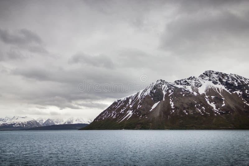 Ideia bonita do círculo polar do norte de Noruega imagens de stock