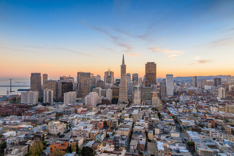 Ideia bonita do centro de negócios em San Francisco do centro fotos de stock