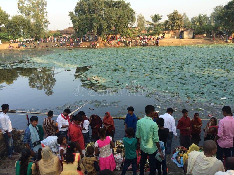 Ideia bonita do chhat Pooja Ghat, Índia imagem de stock royalty free