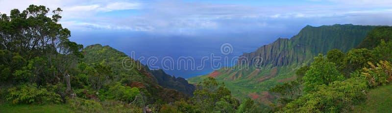 Ideia bonita do litoral de Kauai em Havaí imagens de stock royalty free