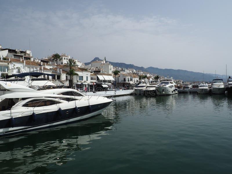 Ideia da área do porto, Puerto Banus, Marbella, Costa del Sol, província de Malaga, Andalucia, Espanha, Europa ocidental fotos de stock royalty free
