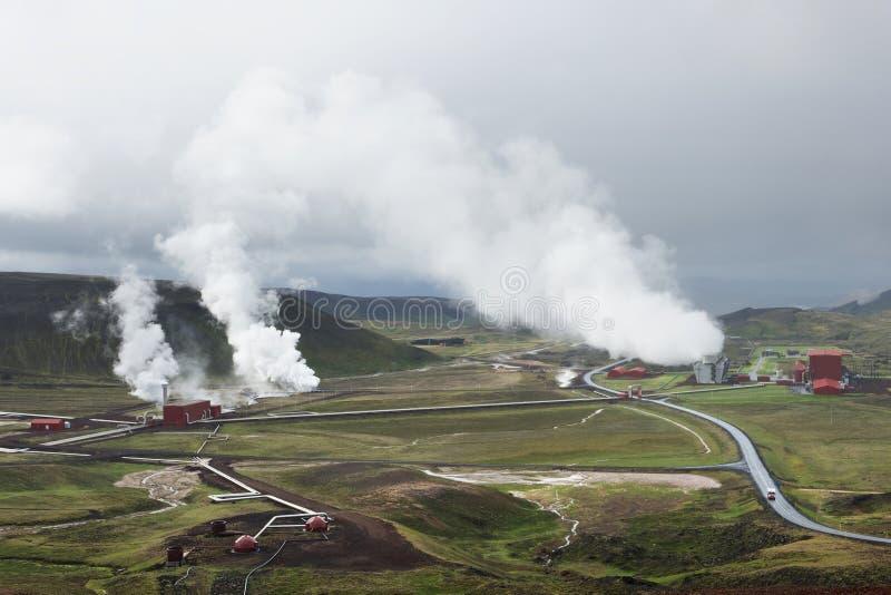 Ideia da central elétrica geotérmica em Krafla, Islândia fotos de stock royalty free