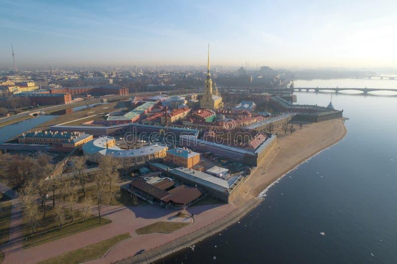 Ideia da fotografia a?rea de Peter e de Paul Fortress St Petersburg, R?ssia foto de stock
