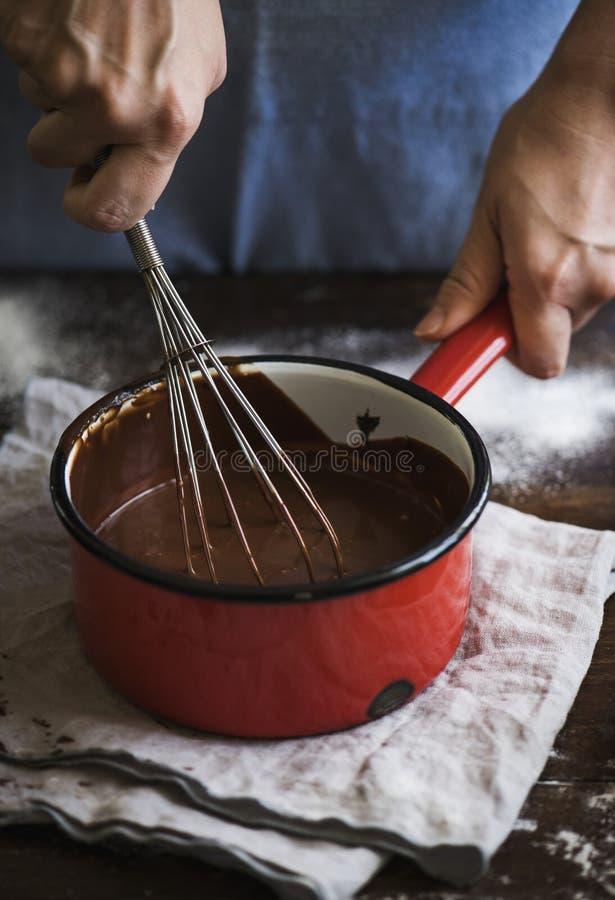 Ideia da receita da fotografia do alimento do ganache do chocolate fotografia de stock royalty free