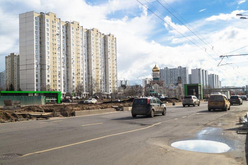 Ideia da reconstrução de Michurinsky Prospekt perto do ` de Ramenki do ` da estação de metro, Moscou fotografia de stock