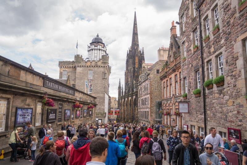 Ideia da rua da milha real, Edimburgo, Escócia foto de stock
