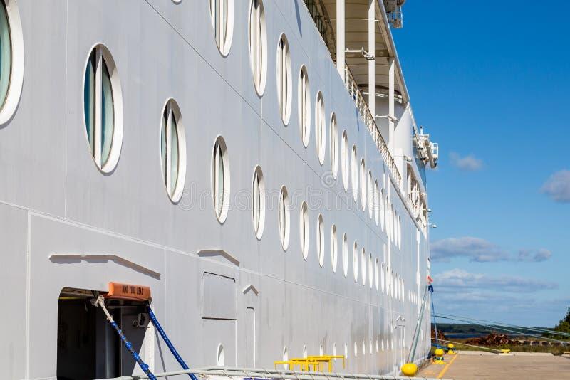 Ideia das vigias do lado para baixo do navio imagens de stock royalty free