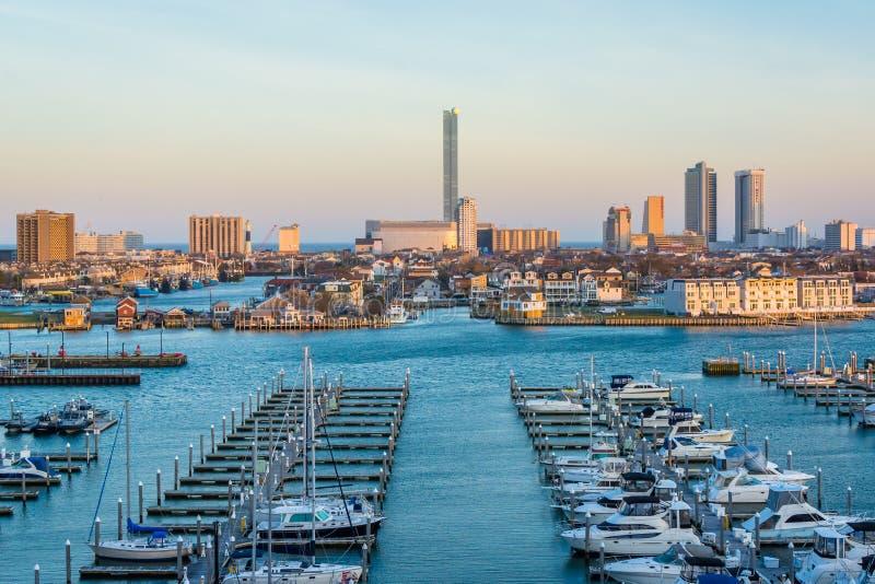 Ideia de Farley State Marina e da skyline de Atlantic City, New-jersey imagem de stock